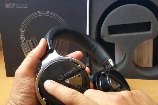 Cowin e7 headphones controls